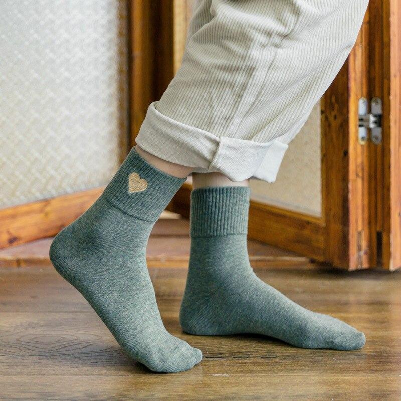 2019 Fashion Women Socks Autumn Winter New Cotton Heart Cute Solid Color Wild Comfortable Motion Deodorant Long Socks Women