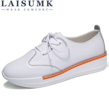 цена на LAISUMK 2019 Genuine Leather Autumn Women Flats Platform Shoes Pointed Toe White Shoes Thick Heel Sole Platform creepers