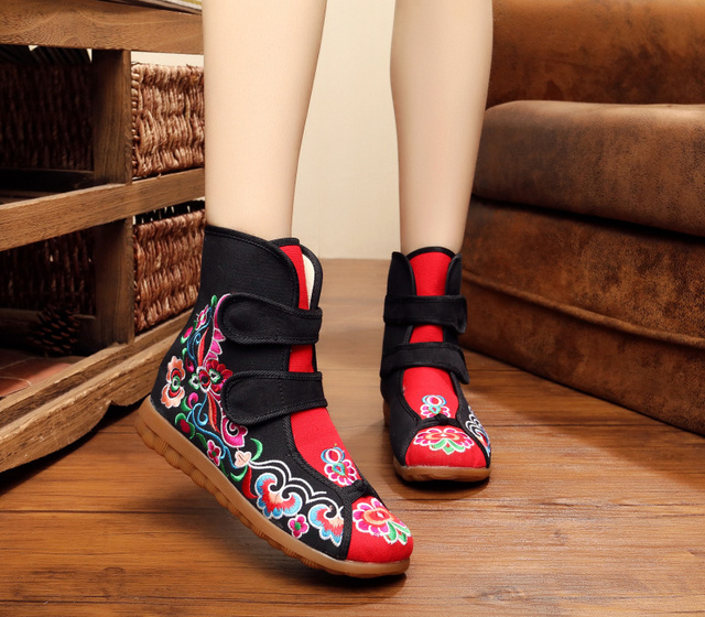 Women's Black Floral Embroidered Mid-calf Cotton Fabric Fashion Boots for Winter Cloth Slip-on Boots