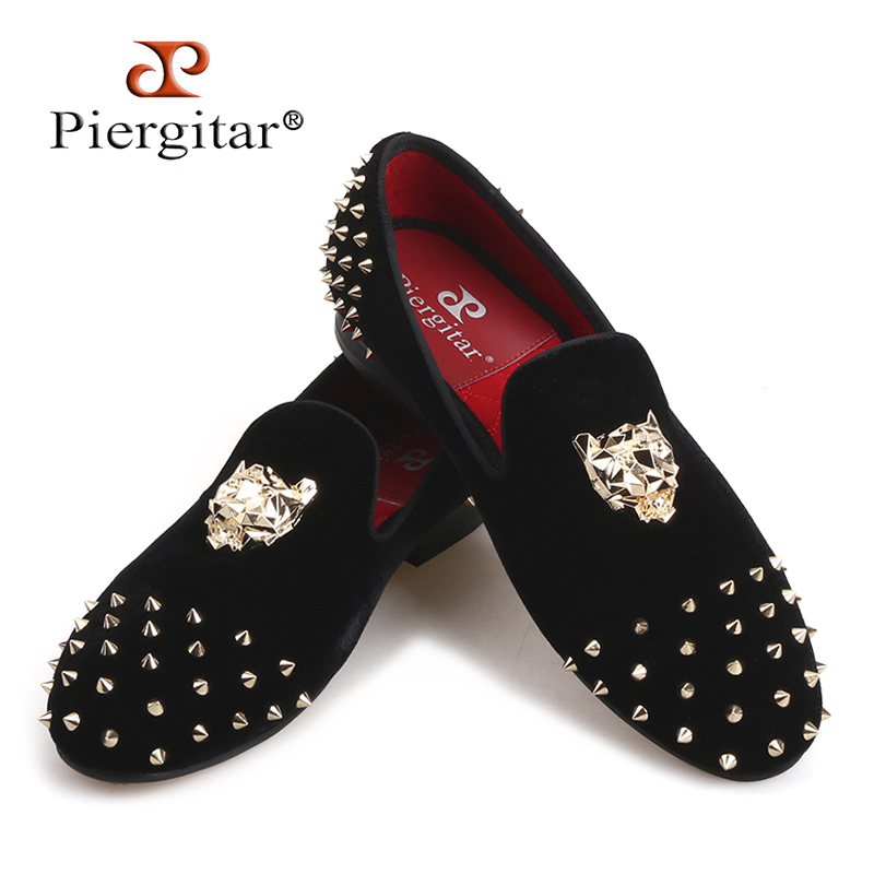Piergitar 2019 men velvet shoes with gold Tiger buckle and spikes party and wedding men loafers