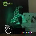 USB de La Novedad para el Hombre de hierro de Siete Colores LED RGB Escritorio Lámpara de mesa Táctil Noche de Luz Led para el Dormitorio de Los Niños Además de Nightlight