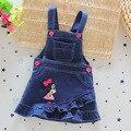 2016 meninas do bebê verão Denim Suspender vestidos dos desenhos animados macacão Jeans vestido miúdos roupas Jeans