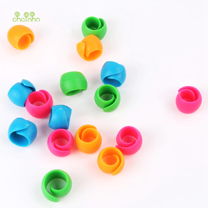 Image 4 - Chainho,12pcs/bag,Mix Color,Small Silicone Rubber Bobbin Clip,Use For Anti wire Head Fall off,Spool Fixing Clip,DIY Sewing Tools