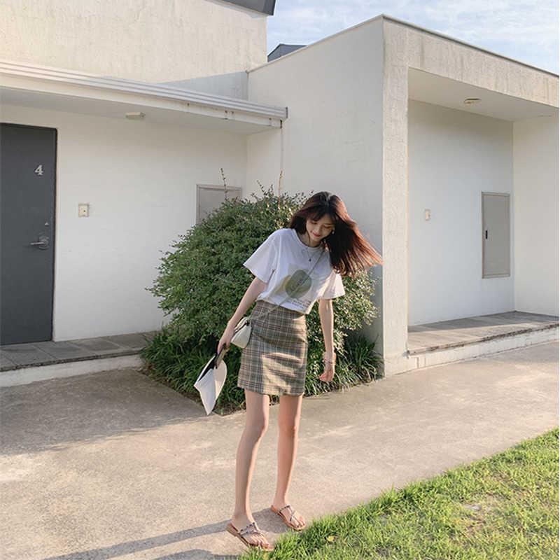 MISHOW 2 قطعة مجموعة النساء 2019 تيشيرت صيفي + تنورة صغيرة الدعاوى قطعتين ملابس الصيف للنساء MX19B3444