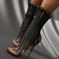 Черный/Белые женские босоножки для обувь Гладиатор Для женщин стилеты на высоком каблуке 9,5 см обувь Для женщин Роскошные 2017 заклепки Летня