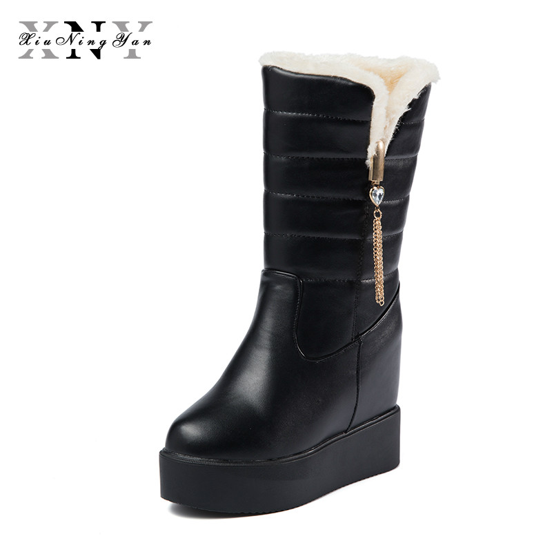 XIUNINGYAN Winter Women Boots Female Waterproof Tassel Mid-Calf Snow Boots Ladies Shoes Woman Warm Fur Plush Botas Mujer Fashion new fashion superstar brand winter shoes embroidery snow boots tassel women mid calf boots thick heel causal motorcycles boots