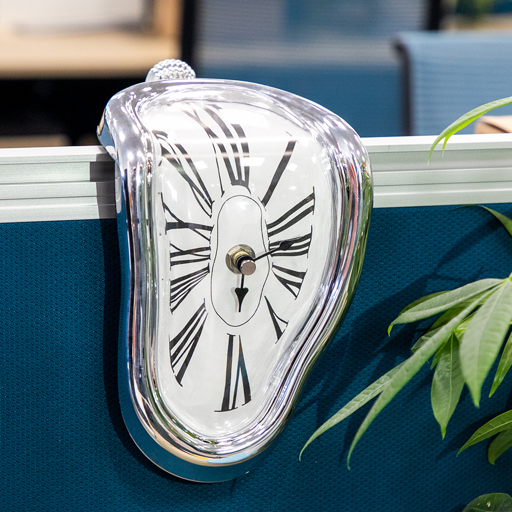 Novel Surreal Melting Distorted Wall Clocks Surrealist Salvador Dali Style Wall Watch Decoration Gift BestSelling2018Products!!