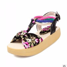 Womens Floral Printing Ankle wrap Cloth Lesiure Round toe Buckle Flat Low heel Balance Sandals big size 41 42 Lady Beach Shoes