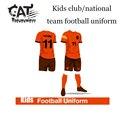 Дети мальчики спортивные наборы 2017 летние дети одежда устанавливает мальчики с коротким рукавом футбол равномерное обучение одежда наборы