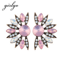Girlgo Charm Flower Stud Earrings for Women Multicolored Vintage Statement Earrings Cute Pinky Color Luxury Wedding Jewelry