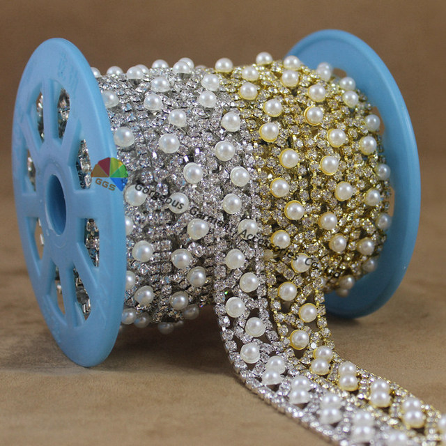 1 yard Wave shape Pearl Clear Rhinestone Trim Crystal Cup Chain Bridal  Dress Applique Stones Decoration for Belt Sash Bags Shoes 27012fc14598