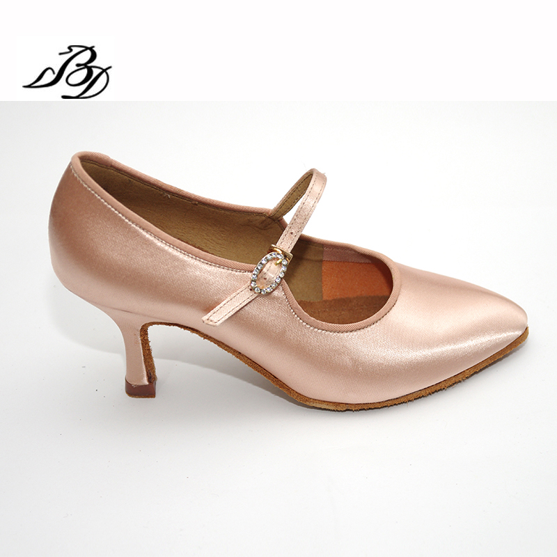 Adult Sneakers Dance Shoes Modern Brand Square BD137 Party Ballroom Latin Shoes Women Satin Diamonds Soft base of Cowhide HOT