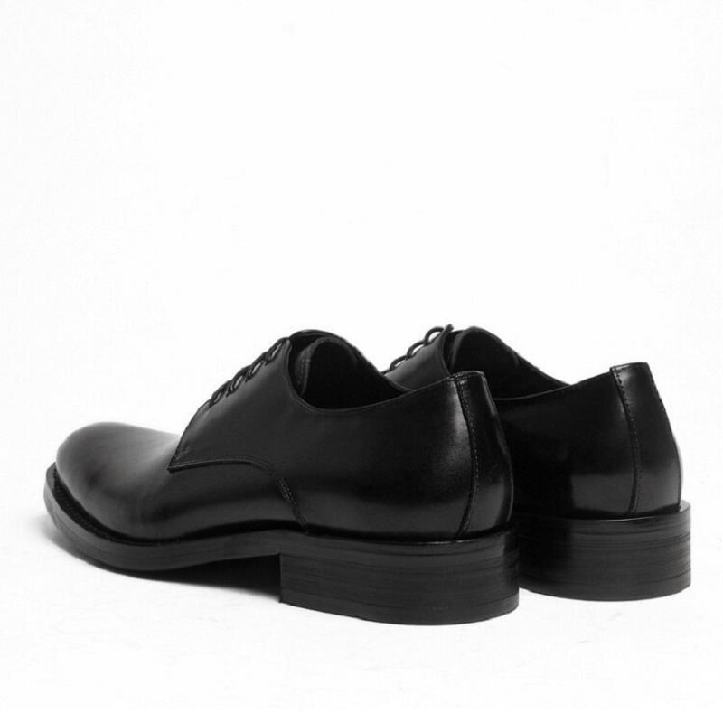 marrom Mycolen 2018 Redondo Derby Masculino Dedo Formais Couro Novo Vestido Apartamentos Do Preto De Genuíno Casamento Pé Homens Sapatos Sapato Negócios RqfAnRx