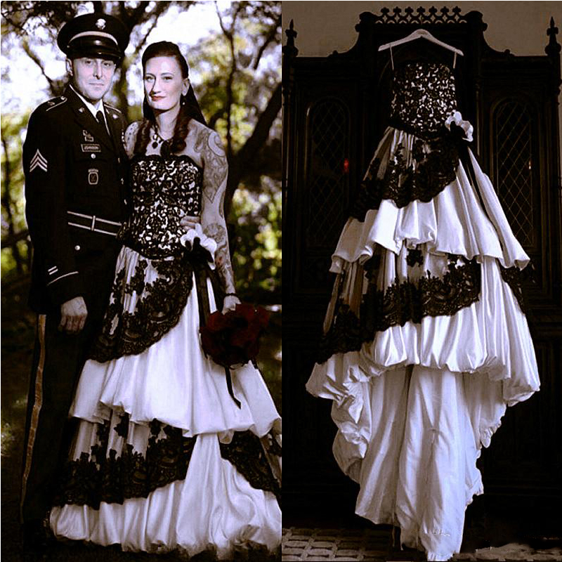White Wedding Dress Gothic: Vintage Strapless Gothic Wedding Dress With Black Lace