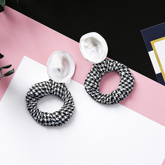 AOMU Elegant Black and White Houndstooth Plaid Velvet Fabric Round Big Circle Long Earrings for Women Distorted Cloth Jewelry