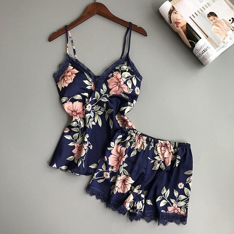 QWEEK Schlaf Lounge Pyjama Set Sexy Satin Nachtwäsche Frauen Sommer Pyjama Femme Mode Blume Pyjamas für Frauen mit Brust Pad