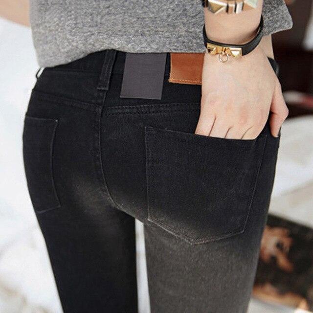 Jeans delle donne nella primavera del 2019 Jeans Stretch Nero nuovo femminile Coreano di stirata sottile dei jeans dei pantaloni piedi