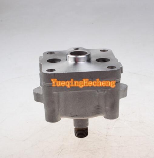 Oil Pump 15471-35013 Fit For Kubota 02 & 03 Series Eng D1503 D1703 D1803 V1502 V1502 oil pump 15471 35012 for 02 03 series engine v2203 v1902 v1903 d1102