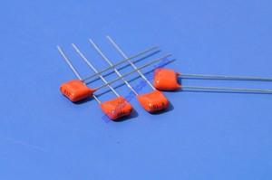 Image 3 - (200 pcs/lot) condensateur à Film Polyester métallisé 33nF 100 V MKT, 0.033 uF.