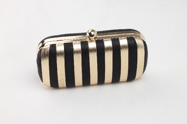 Free Shipping Black Gl Fashion Models Gold And White Hard Box Clutch Evening Bags Bride Bag In From Luggage