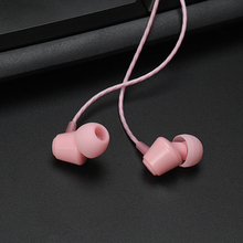 купить 3.5mm jack in-ear headsets super bass earbuds wired earphone small cute music earphones for cell phone PC по цене 400.56 рублей
