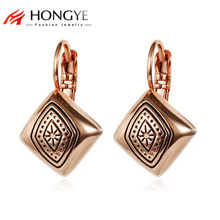 2018 New Arrival Rose Gold Silver Color Vintage Exquisite Carved Square Shaped Ear Cuff Earings Clips for Women(China)