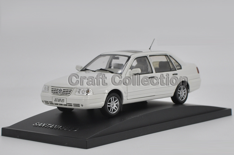 * White 1/18 Volkswagen VW SANTANA 3000 Superior Classic Alloy Model Car Out of Print board game risk 2nd version full english version high quality very suitable for the party and family