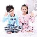 Niños pijamas pijamas niños ropa de dormir de tela de algodón azul y blanco de la raya conjunto ropa de dormir lindo gato camisa de dormir niña rosa pantalones largos