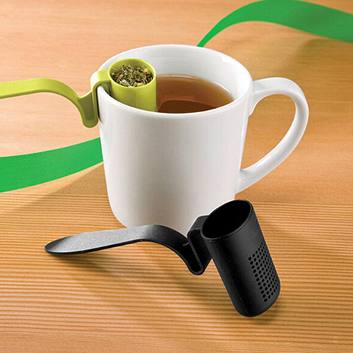 Summer Discount NEW1pc Tea Strainer Herbal Spice Infuser Filter Clip-On Teaspoon Shape Colander(China (Mainland))