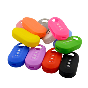 Image 2 - OkeyTech High Quality 3 Buttons Silicone Car Key Case Cover For Fiat 500 Flip Folding Remote Key Shell Fob Protecor