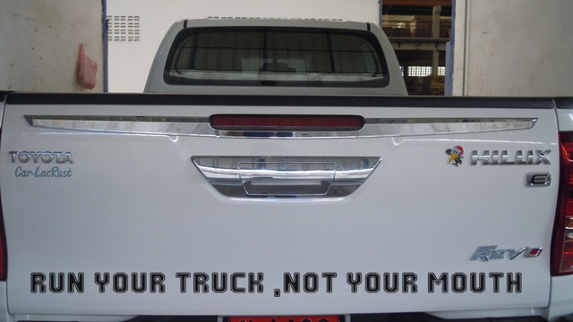 1pc free shipping run your truck funny vinyl for pickup bumper sticker decal jdm sticker
