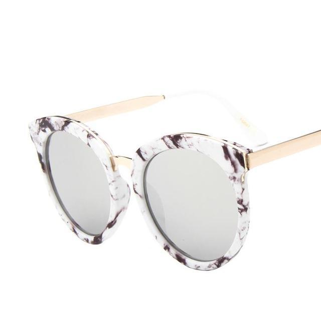 a9d933190 Óculos de Sol da moda para as mulheres da praia do Verão Sunglases Mulheres  Gato óculos ...