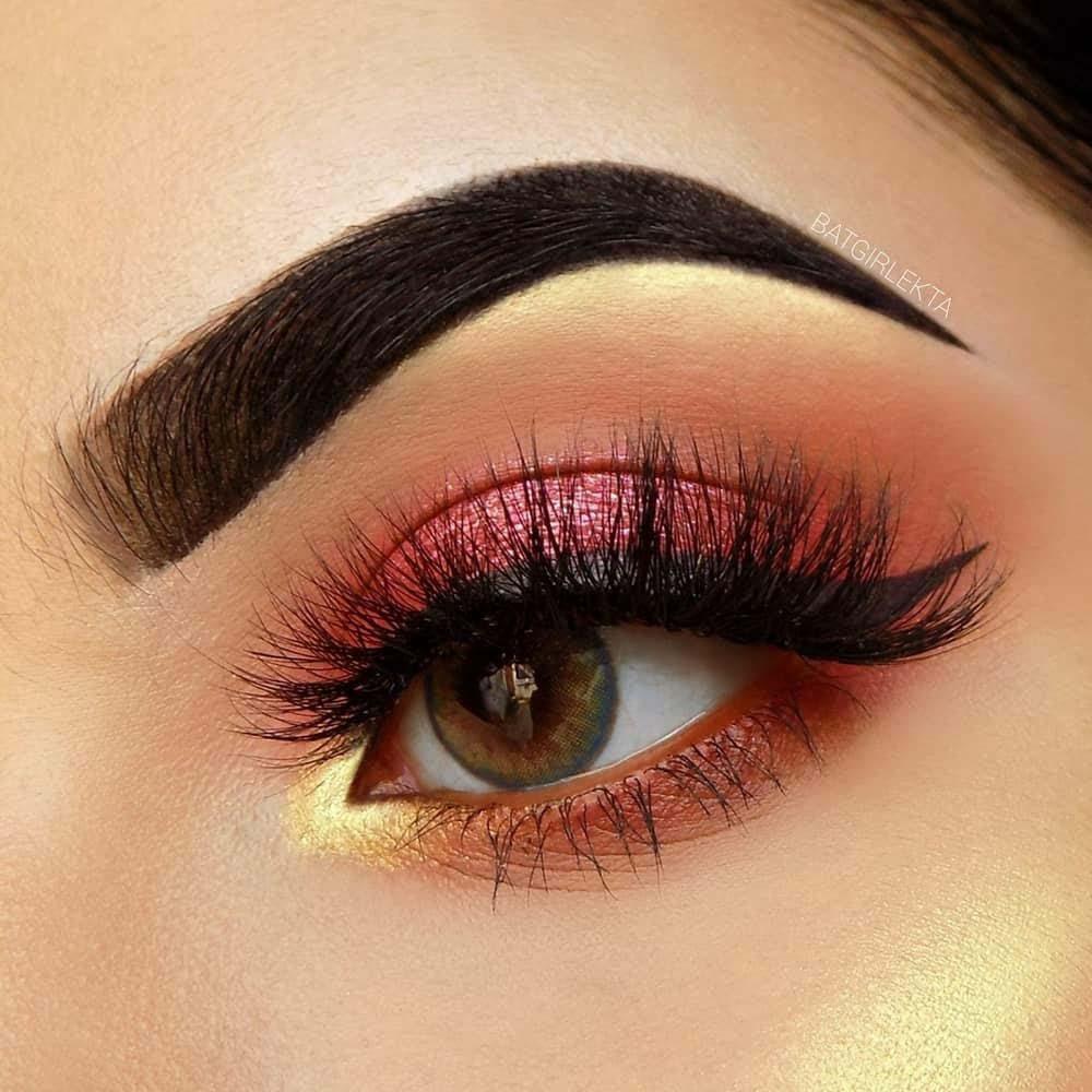 O.TWO.O Eyeshadow Pallete Glitter Shimmer Matte Eyes Makeup Palette Pigment Powder Long-Lasting Waterproof Cosmetic Kit