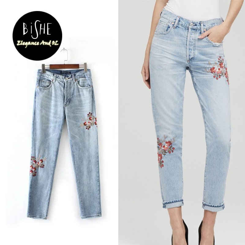 The New Spring And Summer 2017 Europe Flowers Embroidered Jeans Lady Blue Pants Slim Female Leisure Trousers S M L XL