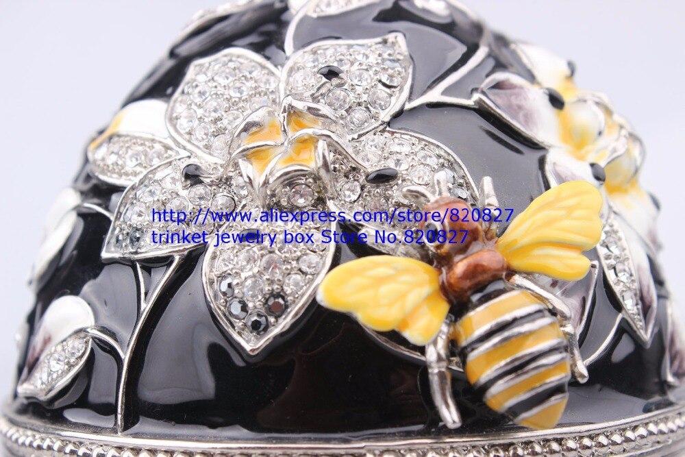 Faberge Egg Trinket Jewelry Box con una Perla sulla Parte Superiore per la Vendita-in Confezioni e espositori per gioielli da Gioielli e accessori su  Gruppo 2