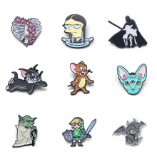 V111 Cat and Mouse Funny Metal Enamel Pins and Brooches Fashion Lapel Pin Backpack Bags Badge Collection Gifts v280 game mass effect metal enamel pins and brooches fashion lapel pin backpack bags badge collection