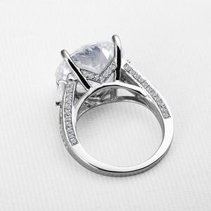 Image 2 - Big Luxus Hochzeit Ring Runde Cut Sona Echtem 925 Solide Sterling Silverfor Frauen Engagement кольца женское plata de ley 925