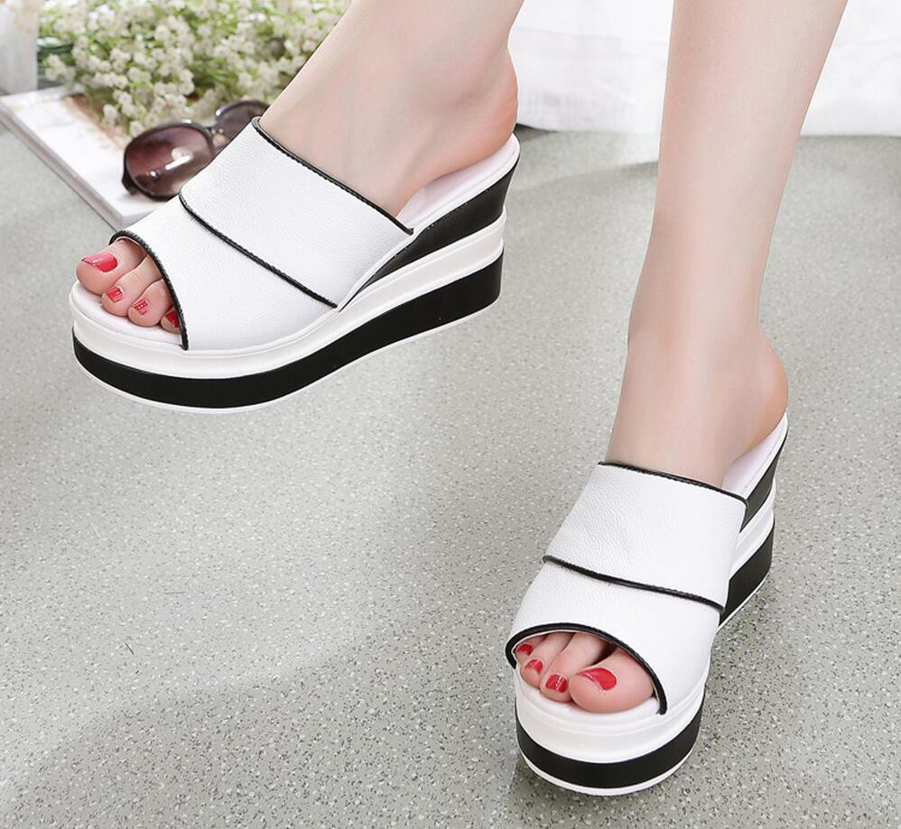 2017 summer new leather female sandals chaussure fish mouth word drag muffins flat down slope with