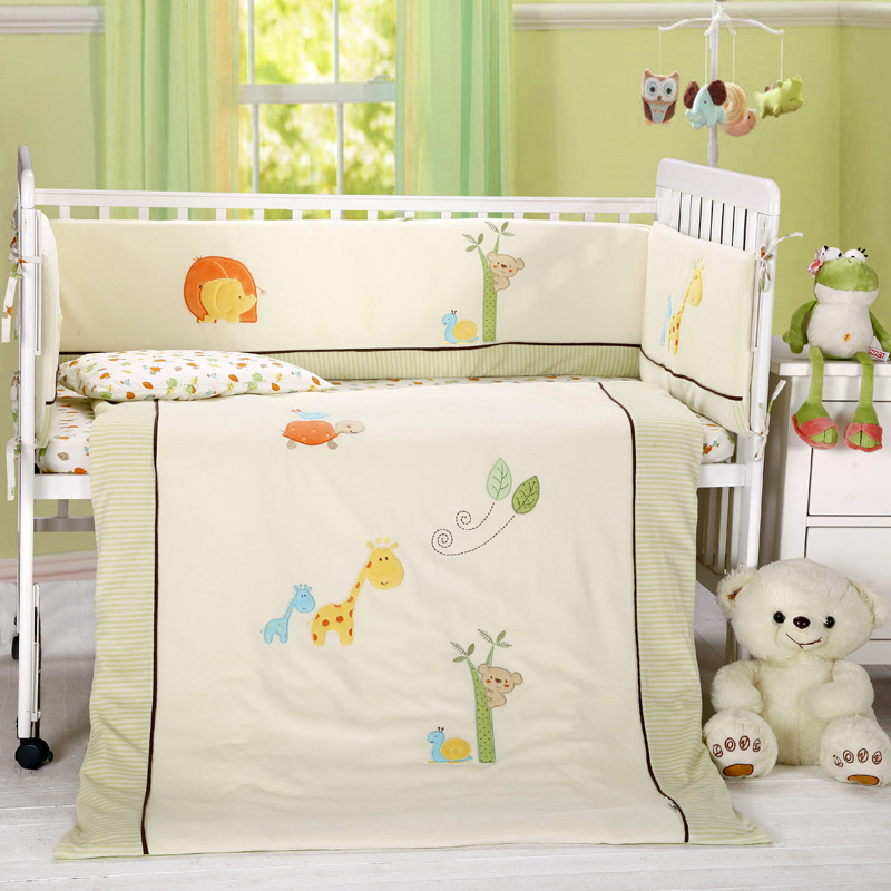 7 pcs baby cotton crib bedding sets, boy and girl , beige and blue, quilt, sheet , bumper7 pcs baby cotton crib bedding sets, boy and girl , beige and blue, quilt, sheet , bumper