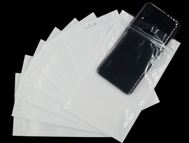 500pcs lot 10 18cm Gift Wrap Phone Liner Package bag Zipper Clear white retail plastic package