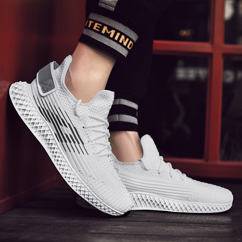 Running Shoes Adroit Running Shoes Men New Fashion Fly Weave Sports Shoes Black White Outdoor Jogging Shoes Light Weight Sneakers Men Diversified Latest Designs