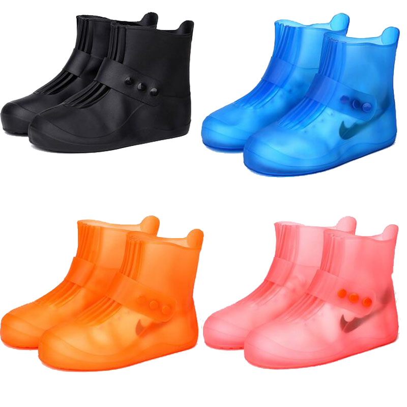 2018 new fashion rain boots waterproof rain boots non-slip padded water shoes rain days tube men and women children shoe covers tube in rubber rain boot women rain boots new flat sen in spring and summer women s water shoes boots fashion waterproof