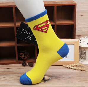 2018 Casual Men Socks Socks Superman Batman Captain Usa Classic Old Cartoon Style Pure Cotton Scheme Character Superhero Male