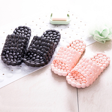 2016 Bathroom Shower Slippers Men Women Antiskid Pantofole Household Shoes Soft Floor Pantuflas Home Slipper Couple Pantufas Hot