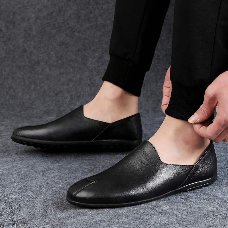 New Men Leather Shoes Casual Breathable Slip on Mens Loafers Black Business Shoes Soft Driving Shoes