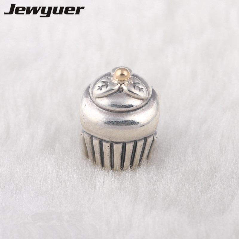 Cupcake charms 925 sterling silver jewelry with gold charm fit bead bracelets diy for women fine jewelry Memnon wholesale GD016