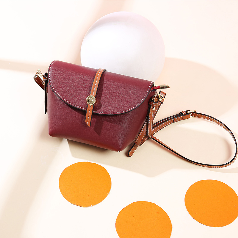 2018 NEW Brand Small Bags For Women Genuine Leather Ladies Messenger Bag Shell Design Women Shoulder Crossbody Bags in Shoulder Bags from Luggage Bags