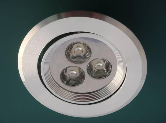 LED Ceiling Light 3*1W;,300lm,please advise the color you need;P/N:LS-34-3W
