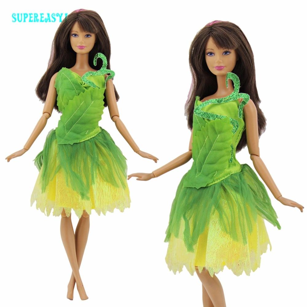 SSBBW im grünen Kleid schüttelt es