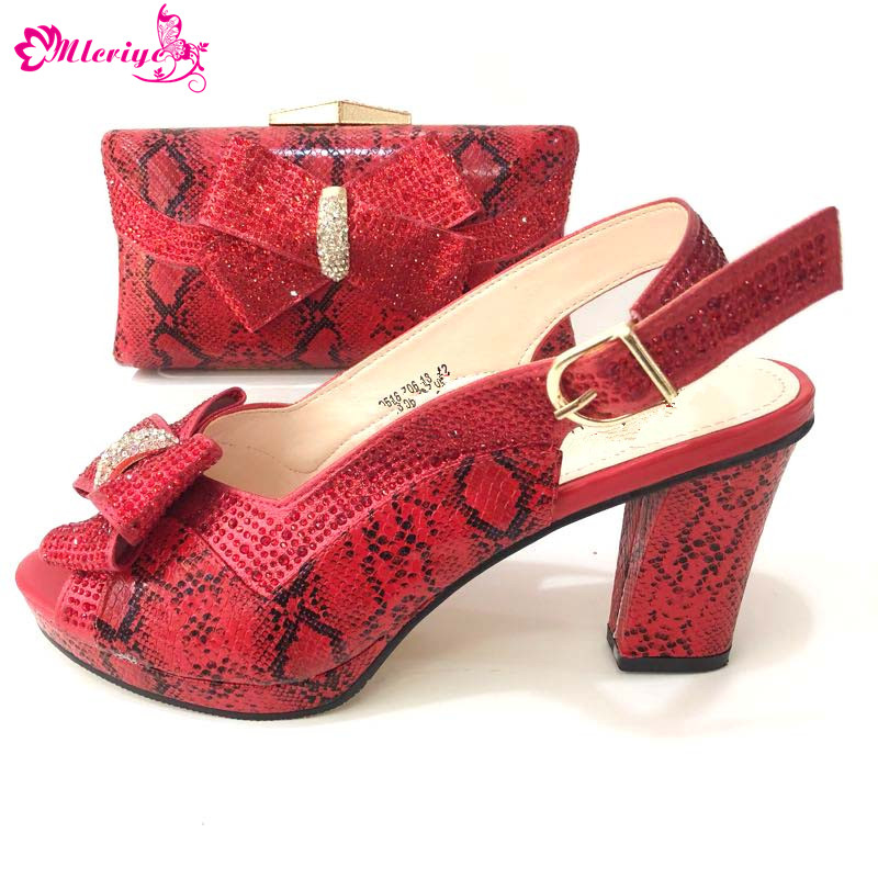 купить New Fashion red Color Ladies Shoes And Purse Set 2018 Italian Desgin hight Heels Shoes And Bag Set For Party по цене 5317.4 рублей